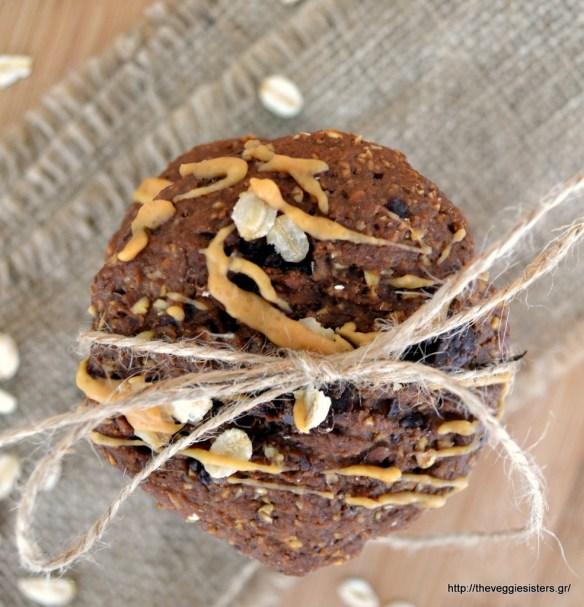 Μπισκότα με αβοκάντο, βρώμη κ σοκολάτα!-Chocolate oat avocado cookies!