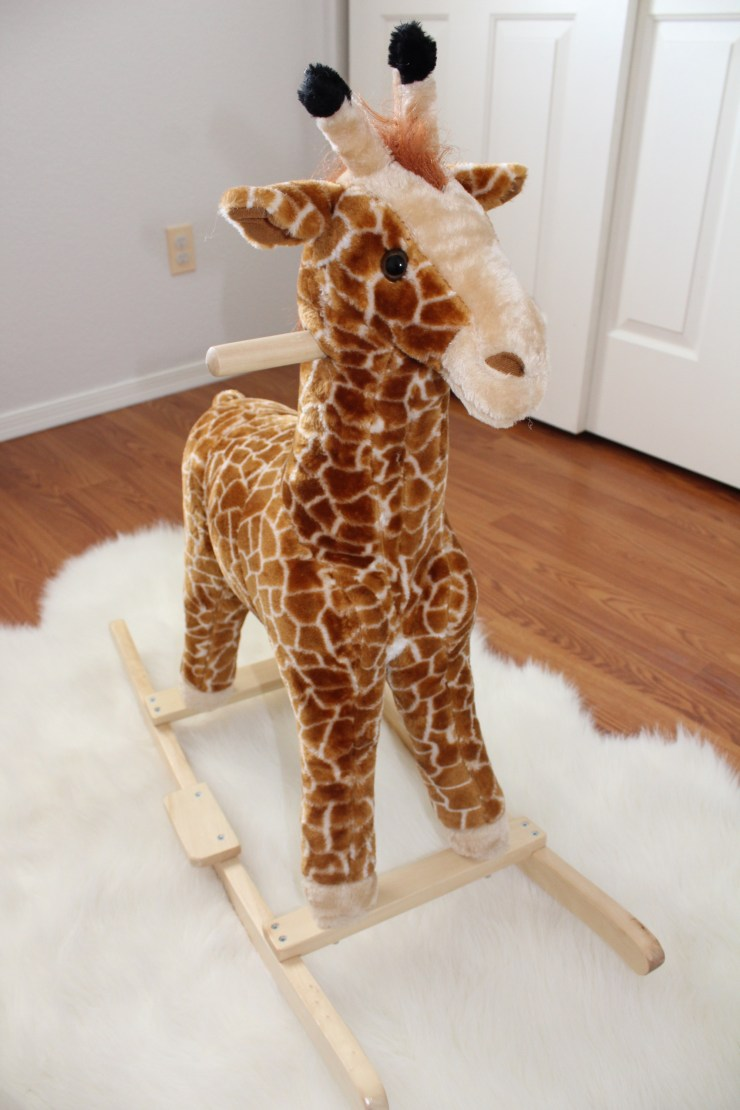Giraffe Rocking Chair - The Vintage Blonde