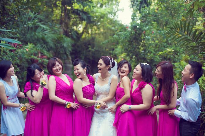 Fuchsia pink bridesmaids. Daren Chong Photography. Wedding planning by Chic Occasions. www.theweddingnotebook.com