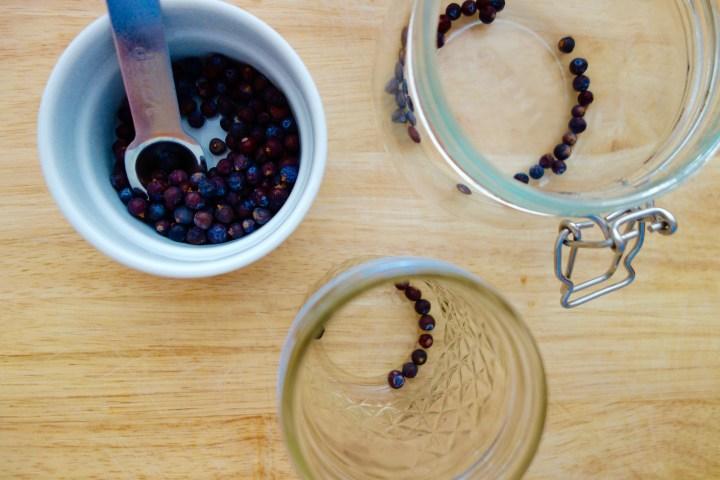 pickled-blueberries