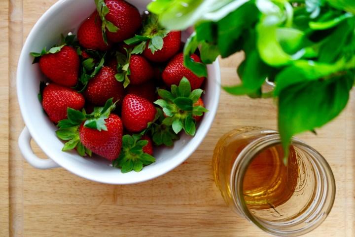 pickled-strawberries