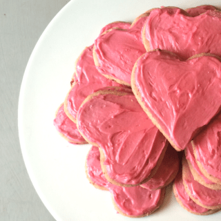 Dye Free Strawberry Cookies & Pink Icing