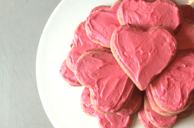 dye-free-strawberry-cookies-with-pink-icing