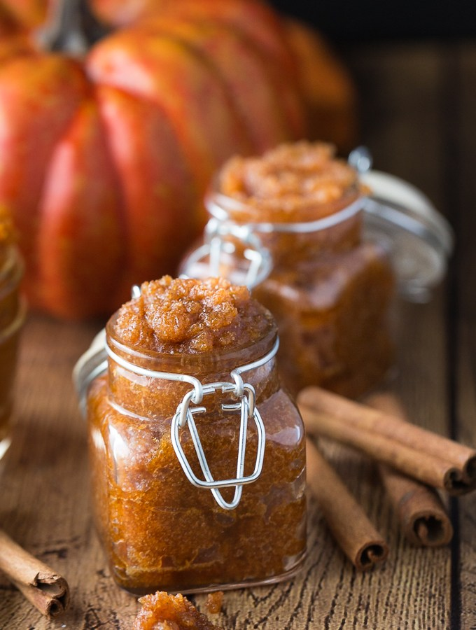 Happy Friday!!! Time for my favorite pick from last week a Pumpkin Beauty Scrub & our Pretty Pintastic Party #129.