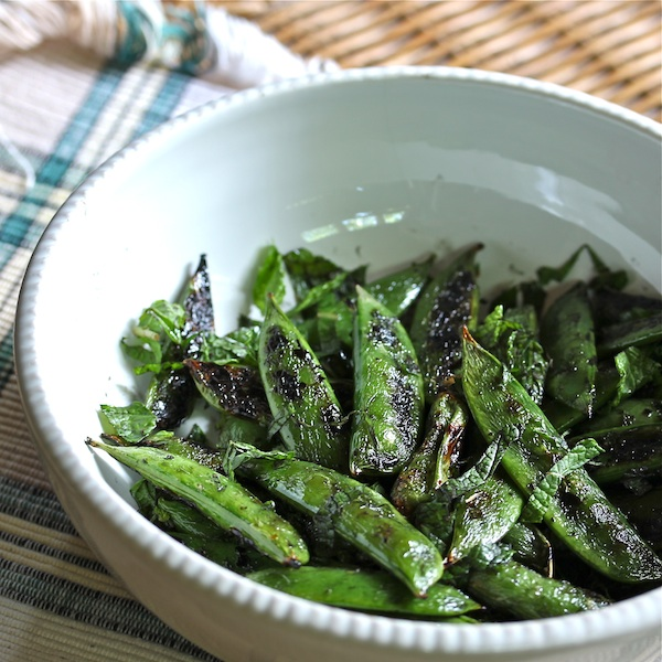 grilled snap peas with mint