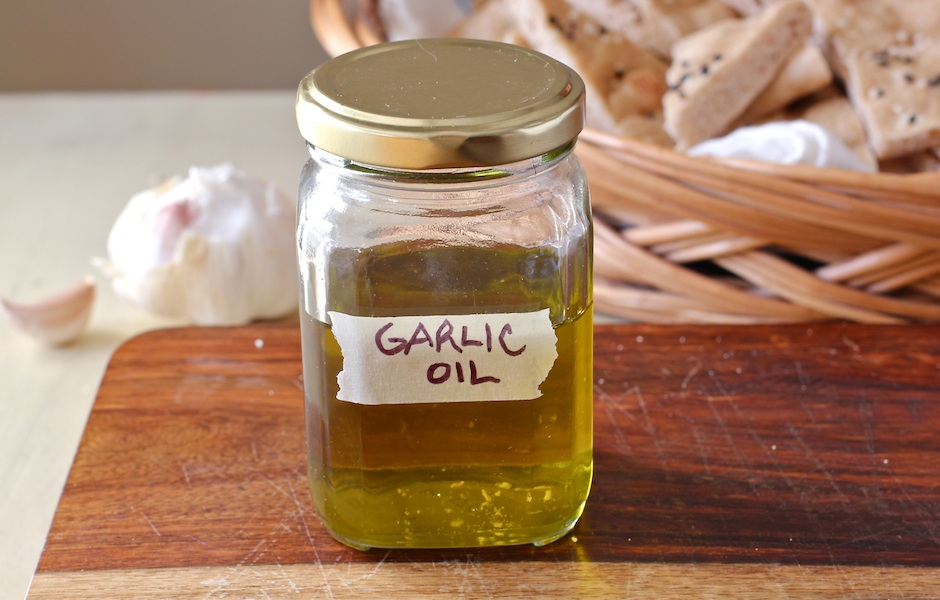 how make garlic oil for your pantry, The Wimpy Vegetarian