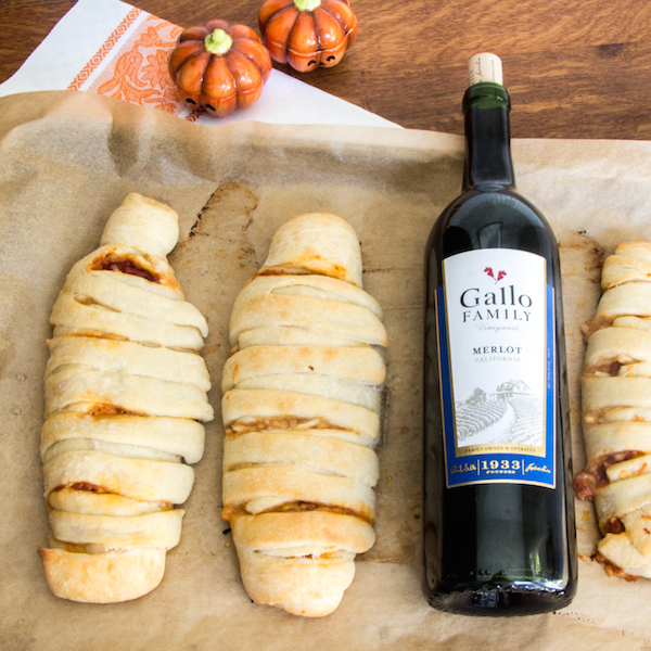 Vegetarian, How to make calzones, calzone mummies