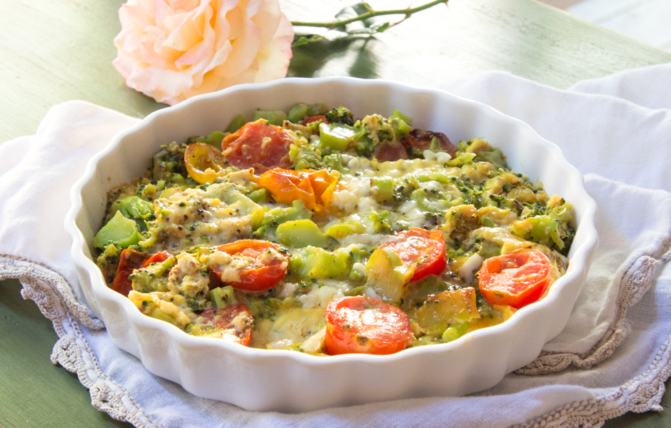 Broccoli Cheddar Frittata with Tomatoes: #SundaySupper