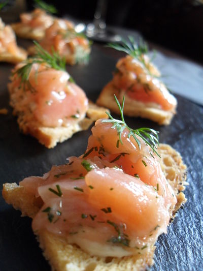 Canapes and champagne at texture the wine sleuth for Canape wines
