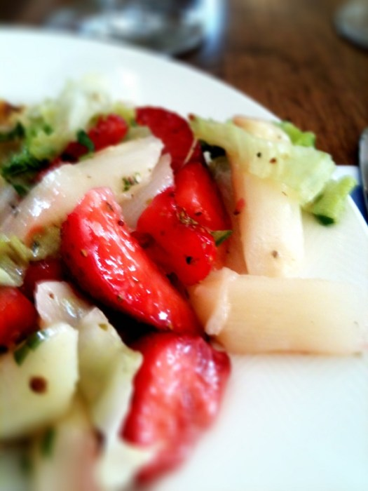 white asparagus and strawberry salad