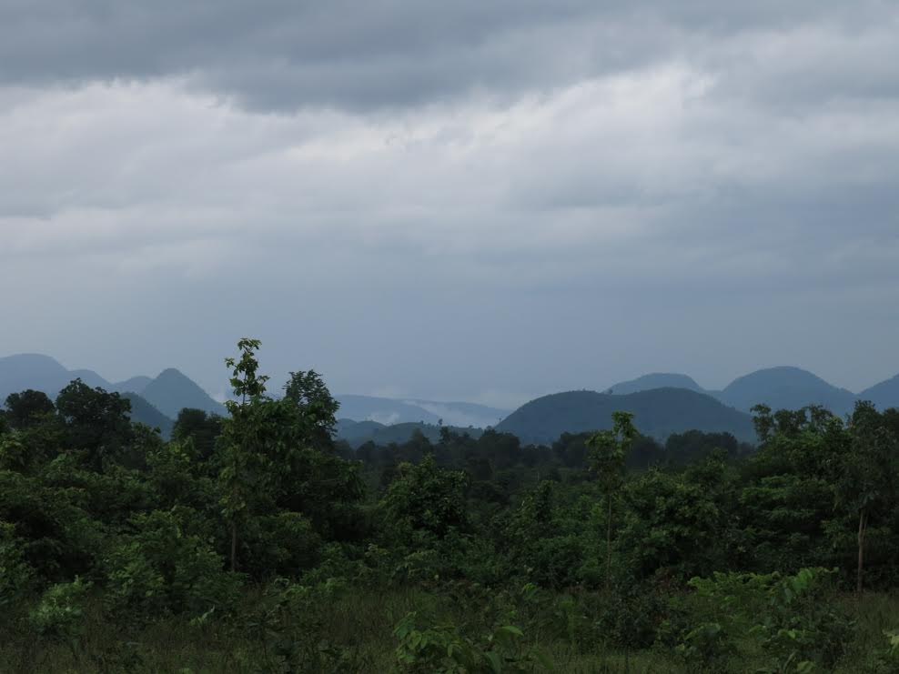 The mountains of Kalahandi and Rayagada host Adivasi villages, dense forests, and large bauxite deposits. Photo credit: Chitrangada Choudhury.
