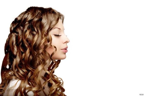 как накрутить волосы без плойки