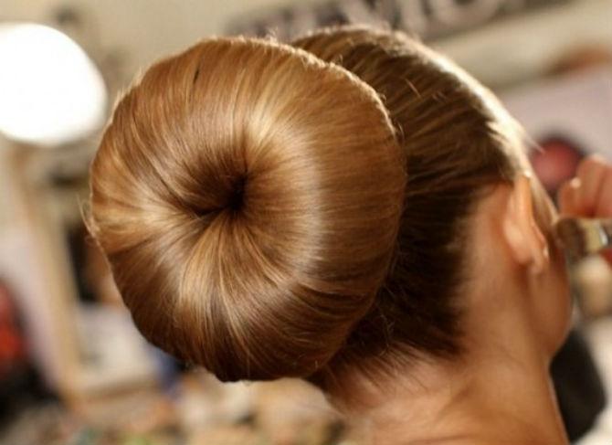 бублик из своих волос