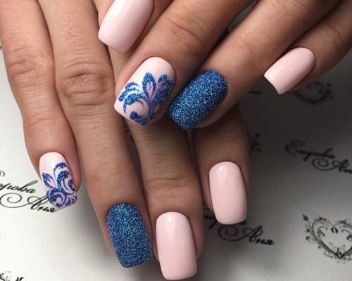 Маникюр с рисунками на короткие ногти