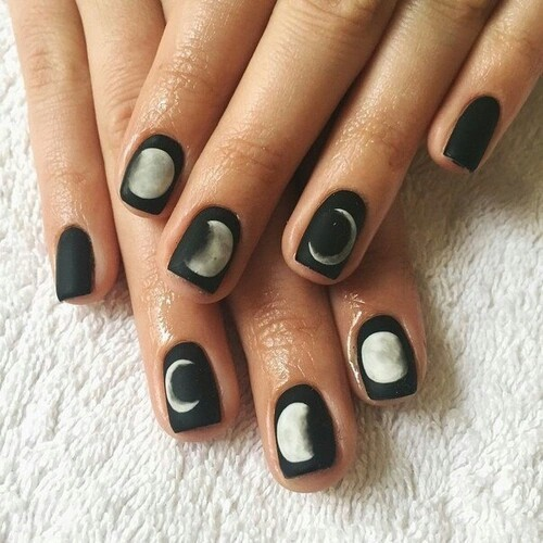 black-fasion-moon-nails-Favim.com-2868441