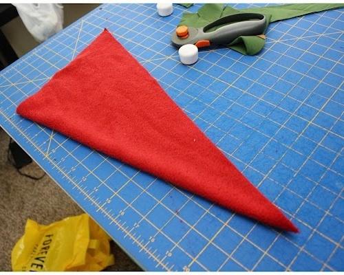 Как сделать новогодний костюм гнома своими руками (4)
