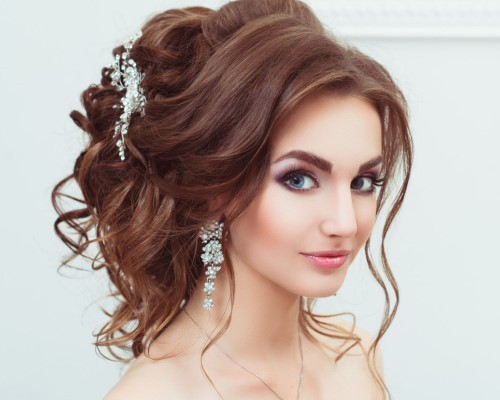 Причёски вечерние на длинный волос