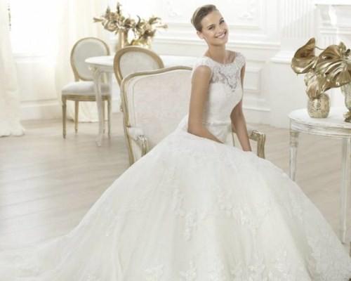 К чему снятся невесты в свадебных платьях много