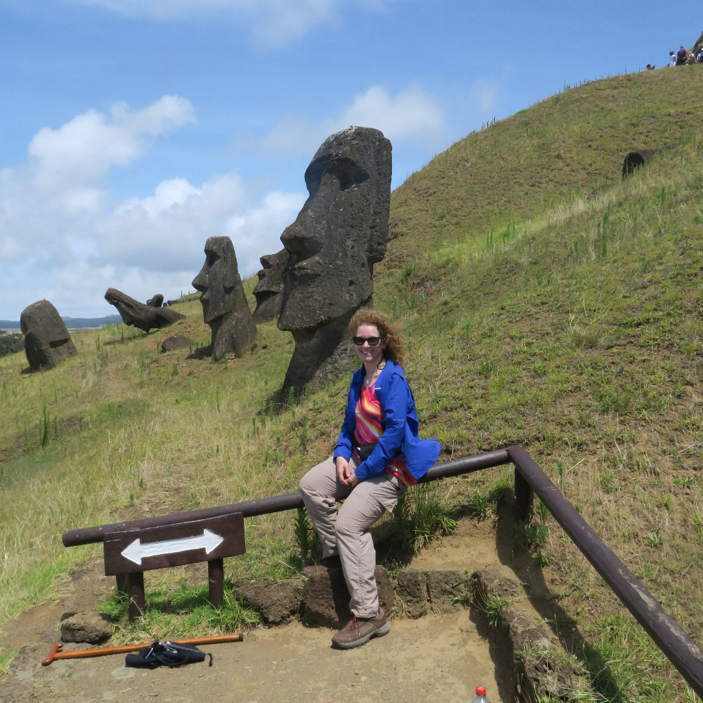 Rano Raraku Moai Rock quarry, Easter Island, Isla de Pascua, Hanga Roa, Chile, South America