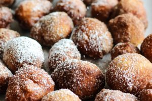 Homemade Doughnut Holes