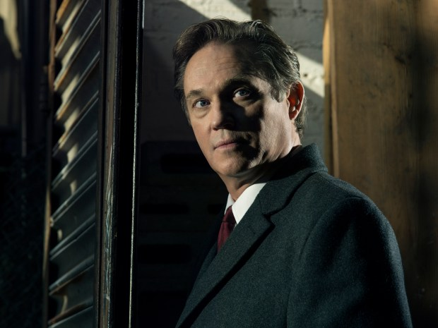 THE AMERICANS -- Pictured: Richard Thomas as Frank Gadd. CR: James Minchin/FX