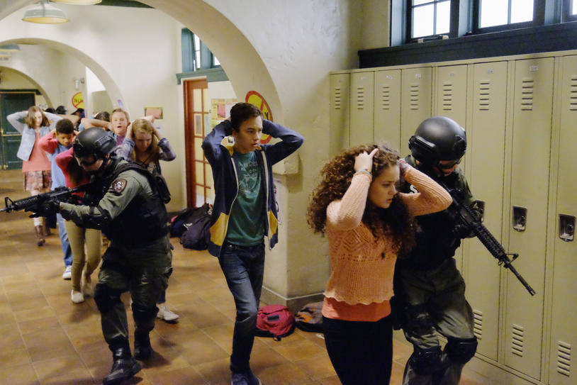 "TV Review: The Fosters (4x01) ""Potential Energy"""