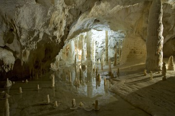 Grotte di Frasassi_Turismo Marche