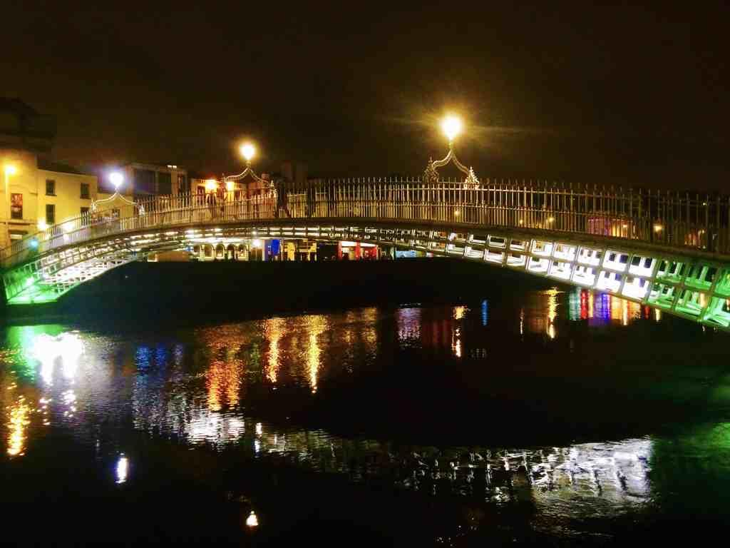 DUBLIN: A QUICK GUIDE