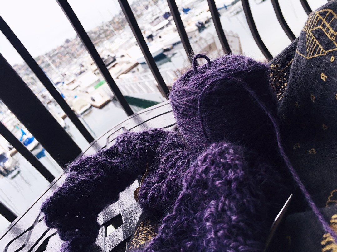Travel knitting at its best.