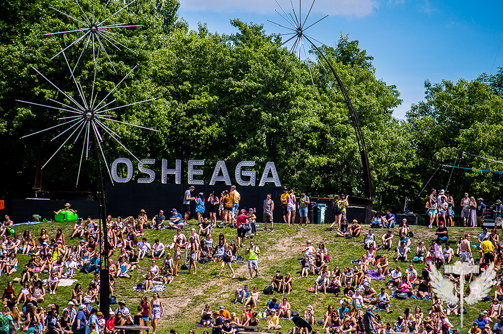 """<span class=""""entry-title-primary"""">Cypress Hill + Half Moon Run + Red Hot Chili Peppers</span> <span class=""""entry-subtitle"""">@ Osheaga Montréal 2016 (Jour 1)</span>"""