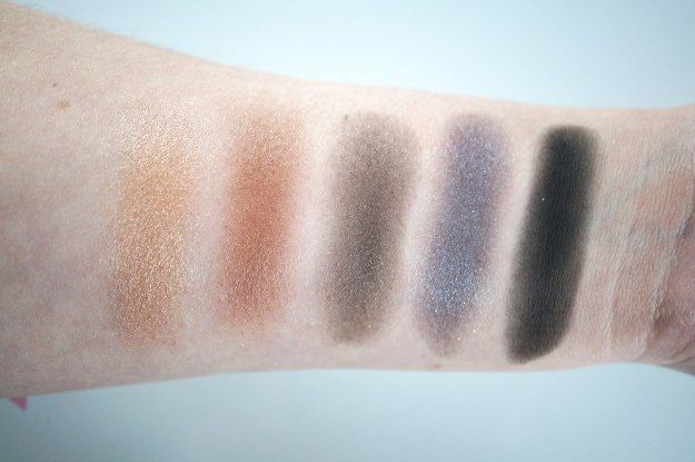 stila-in-the-light-swatches-2