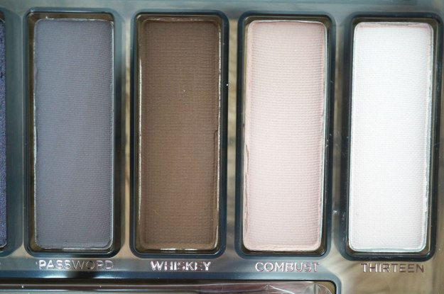 urban-decay-naked-smoky-shades-3
