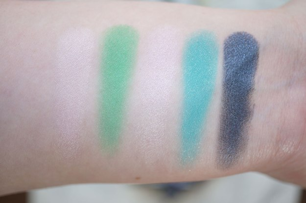 urban-decay-alice-palette-swatches-row-1