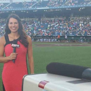 ESPN Jessica Mendoza Racking Up First Woman Baseball Analyst