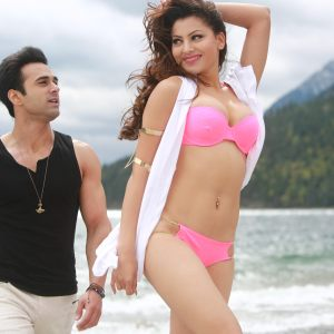 Urvashi looks hot in her bikini despite shooting in freezing Alberta, Canada