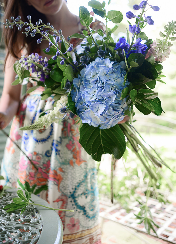 A List of Blue Flowers for Weddings