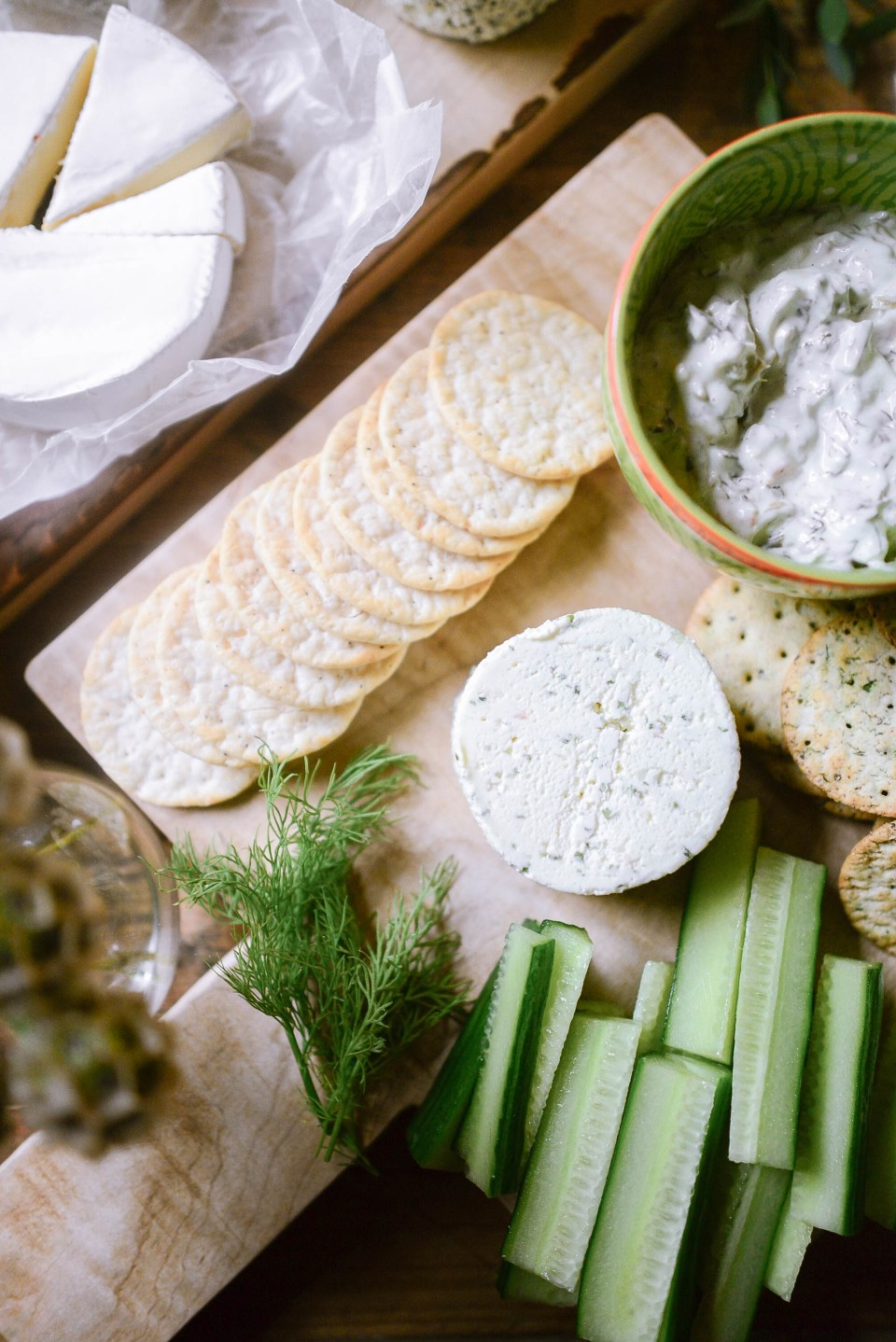 How to Make a cheese platter to impress! All the ingredients you need to satisfy all of your Guests.