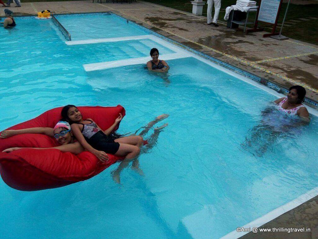 Jacuzzi and Pool at U Tropicana Resort, Alibaug