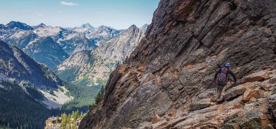 Leonie-scrambling-to-the-start-of-the-Beckey-Route-on-Liberty-Bell
