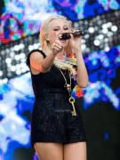 cddebb87307036 Pixie Lott performs at T4 On  The Beach in Weston super Mare, UK, Jul 4, 2010