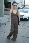 99c7ac87236811 Twilight Star Christian Serratos Leaves a Gift  Lounge in West Hollywood, Dec 14, 2010