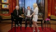 260364139544613 Kelly Ripa  Regis & Kelly  upskirt video