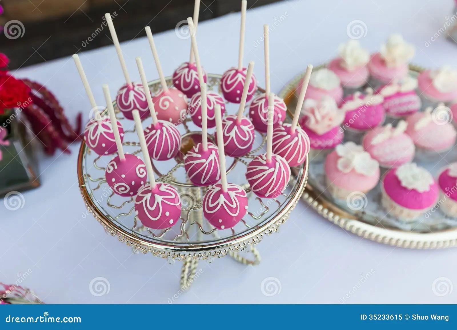wedding cake pops wedding cake pops Cake pops and cupcakes Royalty Free Stock Photo
