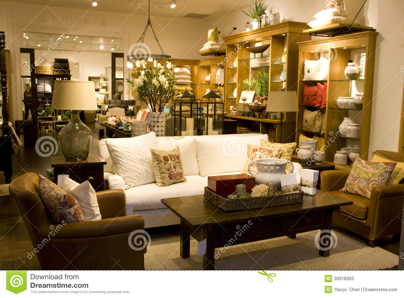 Home decor outlet beautiful the home decor outlet with for Home decorations outlet