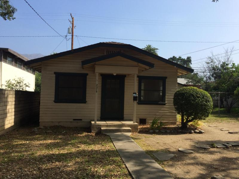 Large Of Back House For Rent