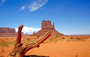800px-Monument_Valley_2