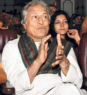 Modi should rein in trouble makers around him: Amjad Ali Khan