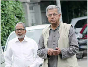 Girish Karnad gets death threat for Tipu comment, says sorry