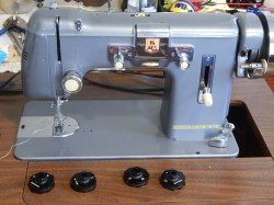 Soothing Inflation Thatwould Be Vintage Kenmore Sewing Machine Tim Latimer Quilts Etc Out Adjusted According To International Sewing Machine Society Thismachine Cost New