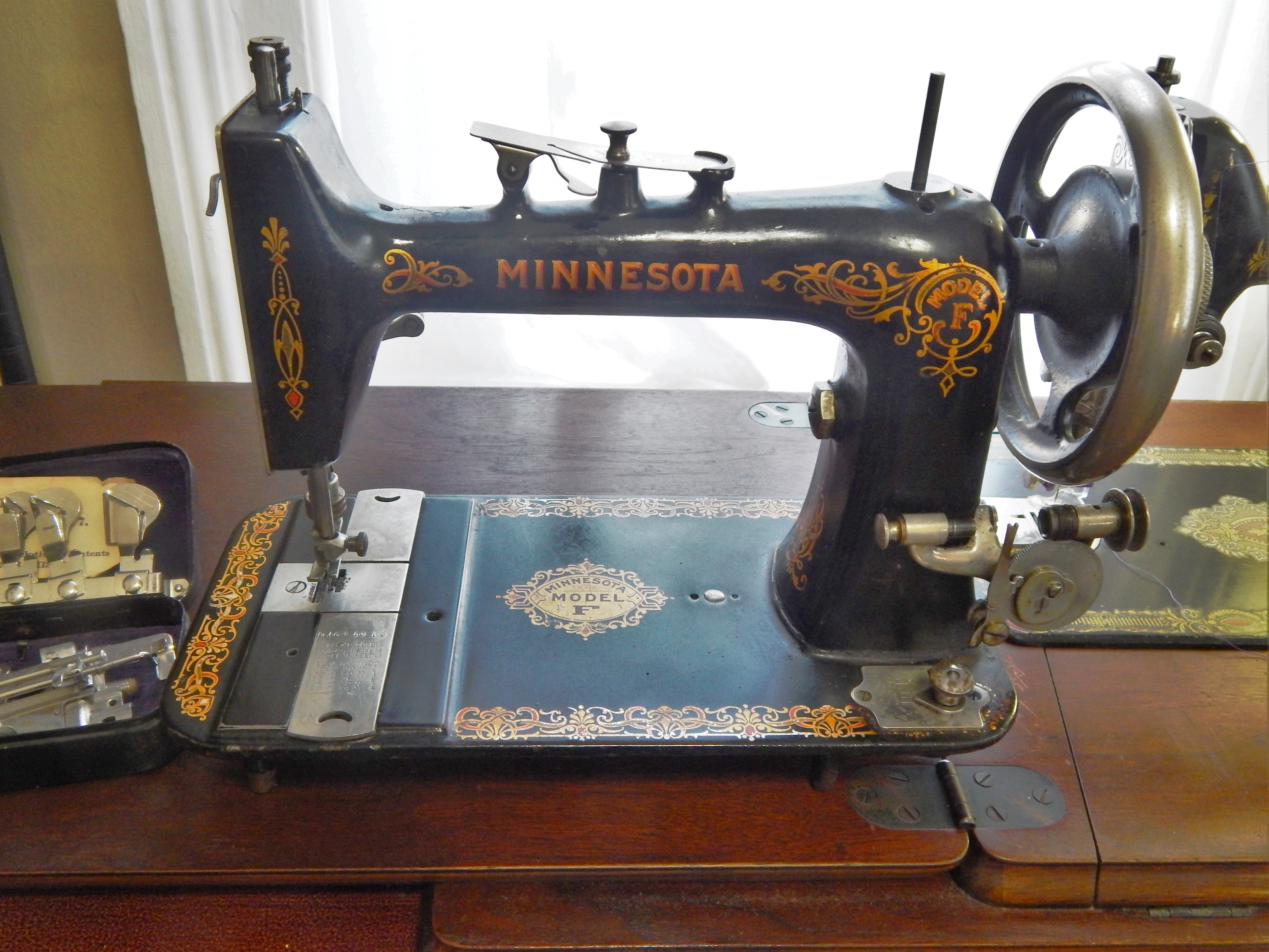 Shapely Minnesota Sewing Machine Tim Latimer Quilts Etc Sears Kenmore Sewing Machine Model 385 Sears Kenmore Sewing Machine 385 houzz-02 Sears Kenmore Sewing Machine
